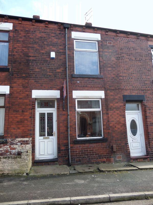 2 Bedrooms Terraced House for sale in Vine Street Chadderton