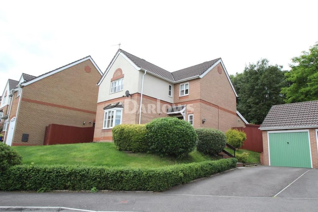 4 Bedrooms Detached House for sale in St Cenydd Close, Pontllanfraith