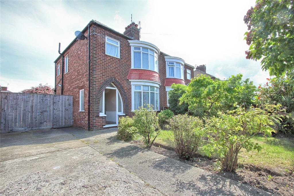3 Bedrooms Semi Detached House for sale in Broadway East, Redcar