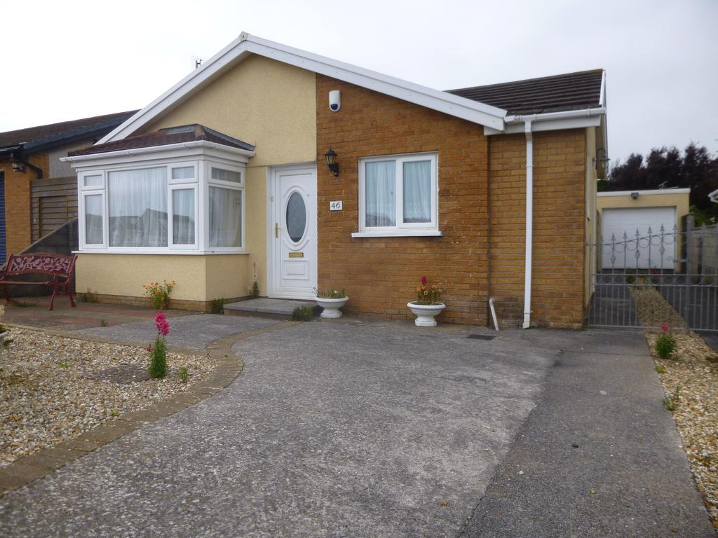 3 Bedrooms Detached Bungalow for sale in Nottage, Porthcawl CF36