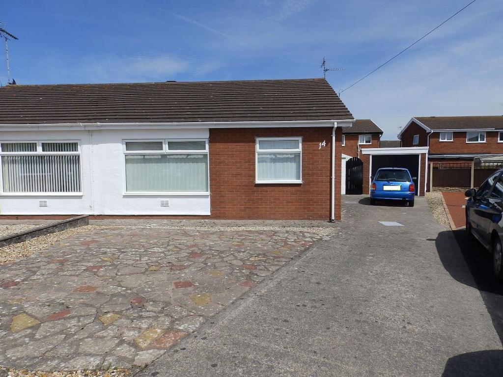 2 Bedrooms Semi Detached Bungalow for sale in Awelon Mor, Prestatyn