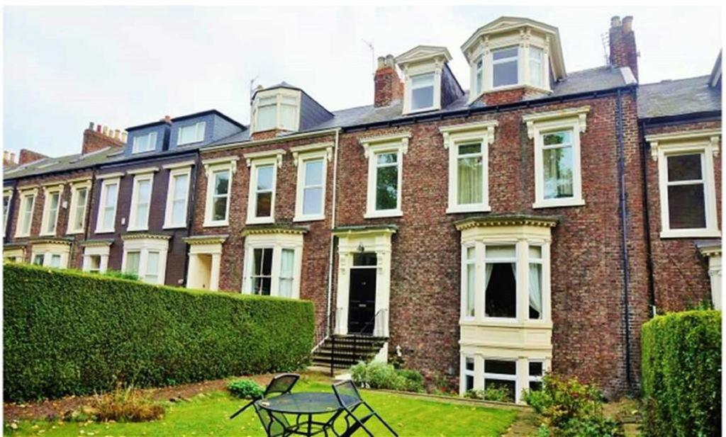2 Bedrooms Apartment Flat for sale in Park Place East, Christchurch, Sunderland, SR2