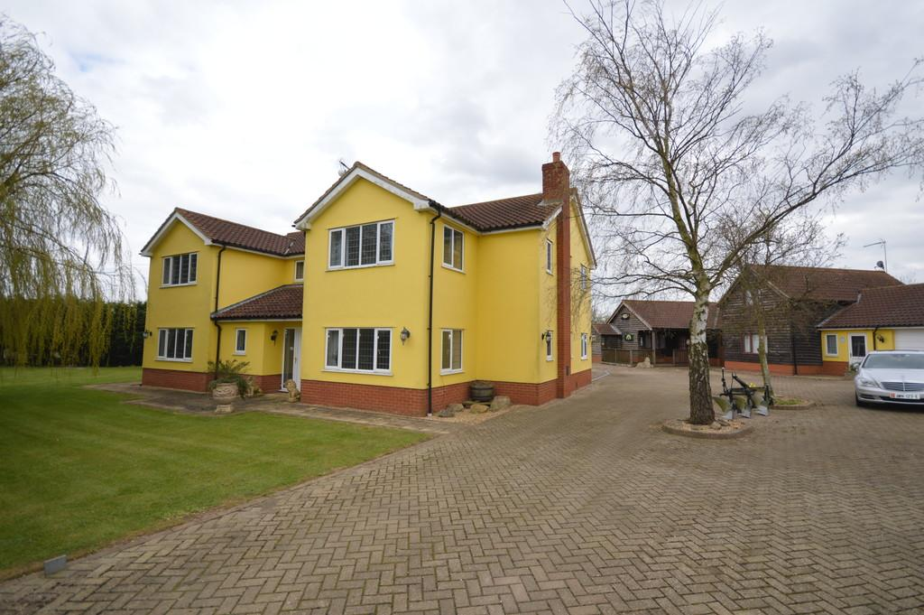 6 Bedrooms Detached House for sale in Luddington