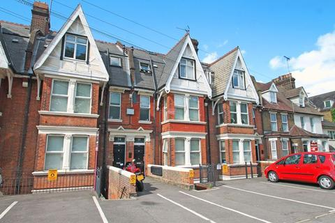 2 bedroom apartment to rent - New Road, Rochester