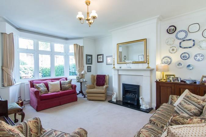 5 Bedrooms Terraced House for sale in Boston Manor Road, Brentford