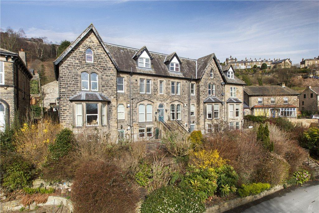 1 Bedroom Apartment Flat for sale in Thorncrest, Green Road, Baildon, West Yorkshire