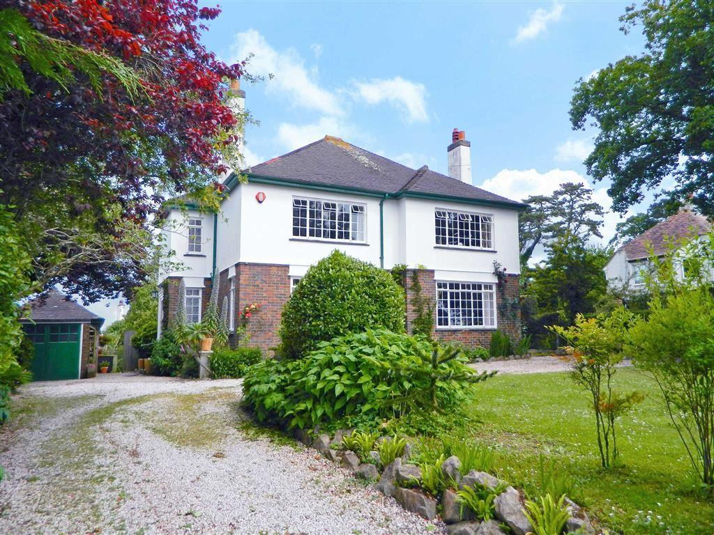 4 Bedrooms Detached House for sale in Oxlea Road, Torquay, TQ1