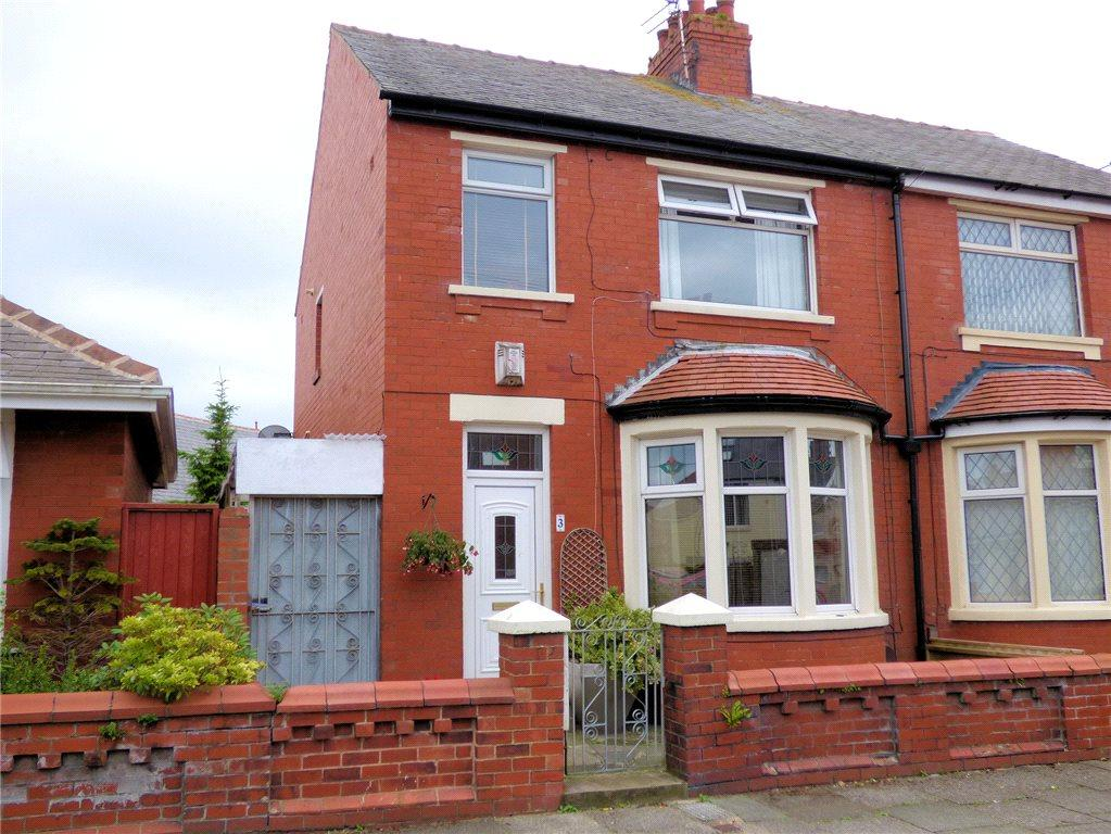 3 Bedrooms Semi Detached House for sale in Cumbrian Avenue, Layton, Blackpool