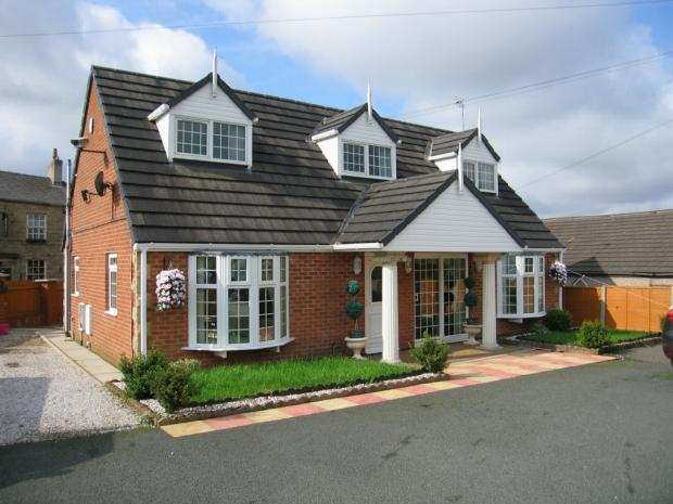 5 Bedrooms Detached House for sale in Heys Lane Oswaldtwistle Accrington