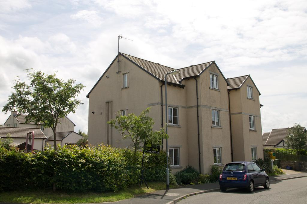1 Bedroom Apartment Flat for sale in 53 Pear Tree Park, Holme, Carnforth, LA6 1SD