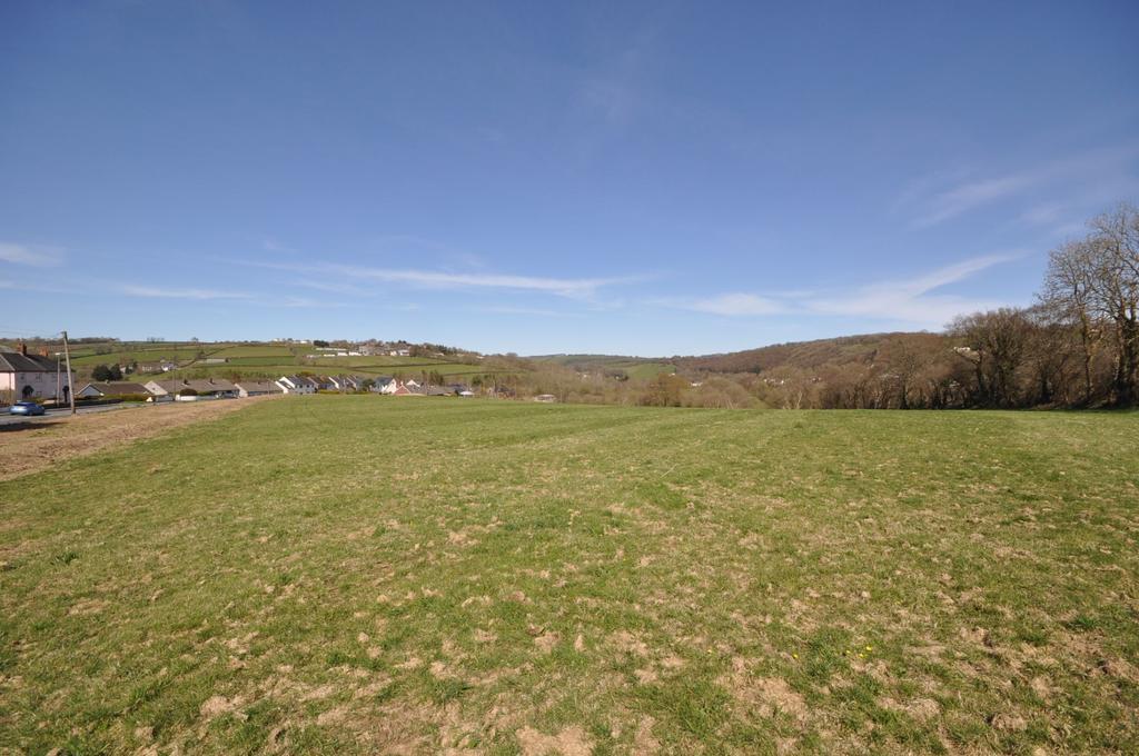 Land Commercial for sale in Cilgwyn Bach Plot 3, Heol Y Dderwen, Llandysul, Ceredigion SA44 4RW