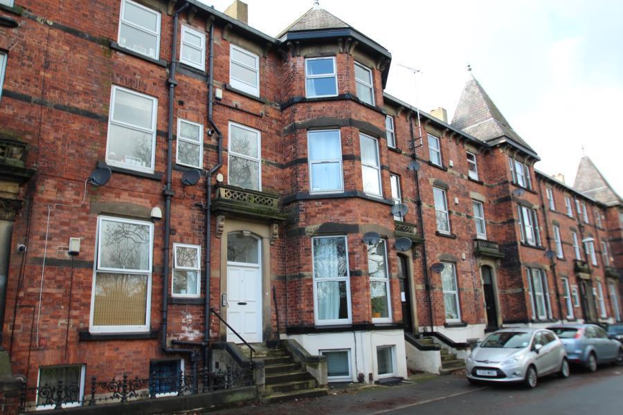 3 Bedrooms Duplex Flat for sale in WESTFIELD TERRACE, CHAPEL ALLERTON, LS7 3QG