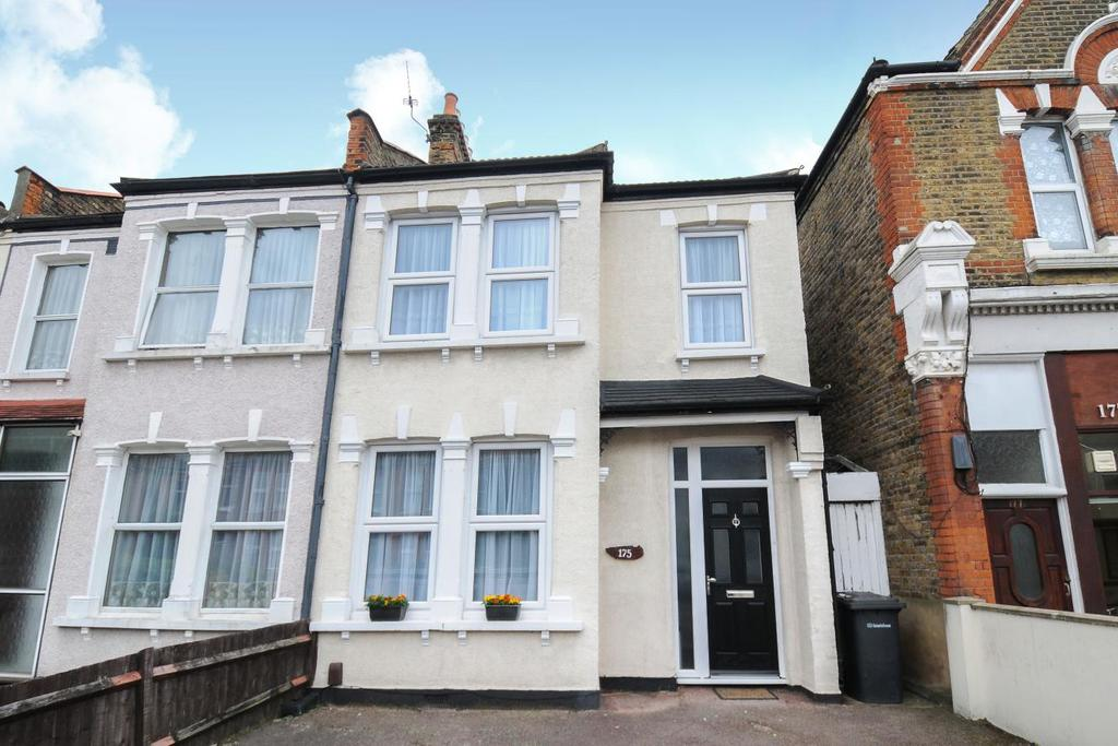 3 Bedrooms Terraced House for sale in Torridon Road, Catford, SE6