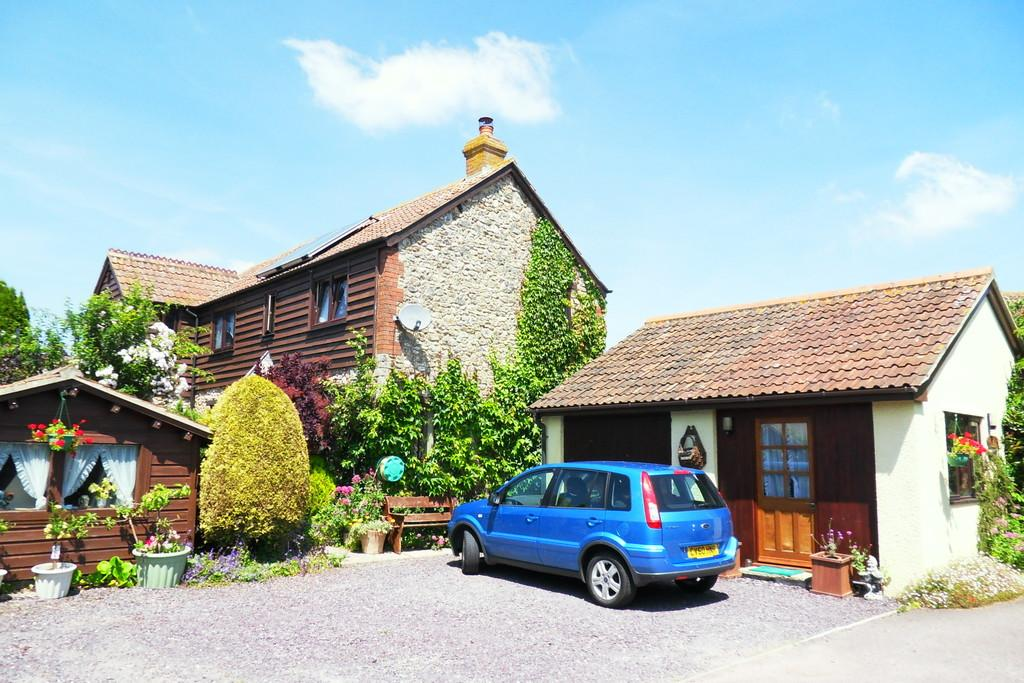 4 Bedrooms Barn Conversion Character Property for sale in Dares Orchard, Colyford