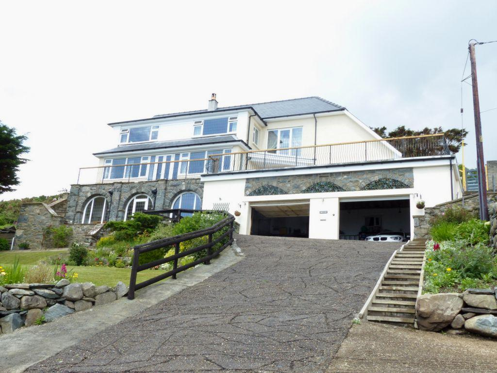 6 Bedrooms House for sale in Bronydd, Llanaber, LL42