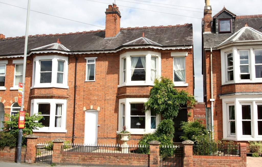 4 Bedrooms Town House for sale in 32 Evesham Place, Stratford-upon-Avon