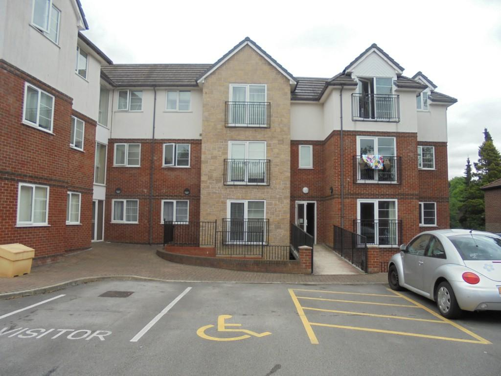 2 Bedrooms Apartment Flat for sale in Hollyhedge Road, Gatley, Cheadle, SK8