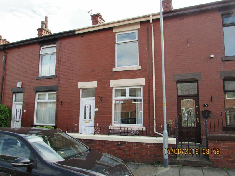 2 Bedrooms Terraced House for rent in Barnfield Street Heywood.