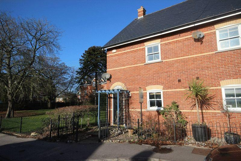 4 Bedrooms House for sale in CHRISTCHURCH
