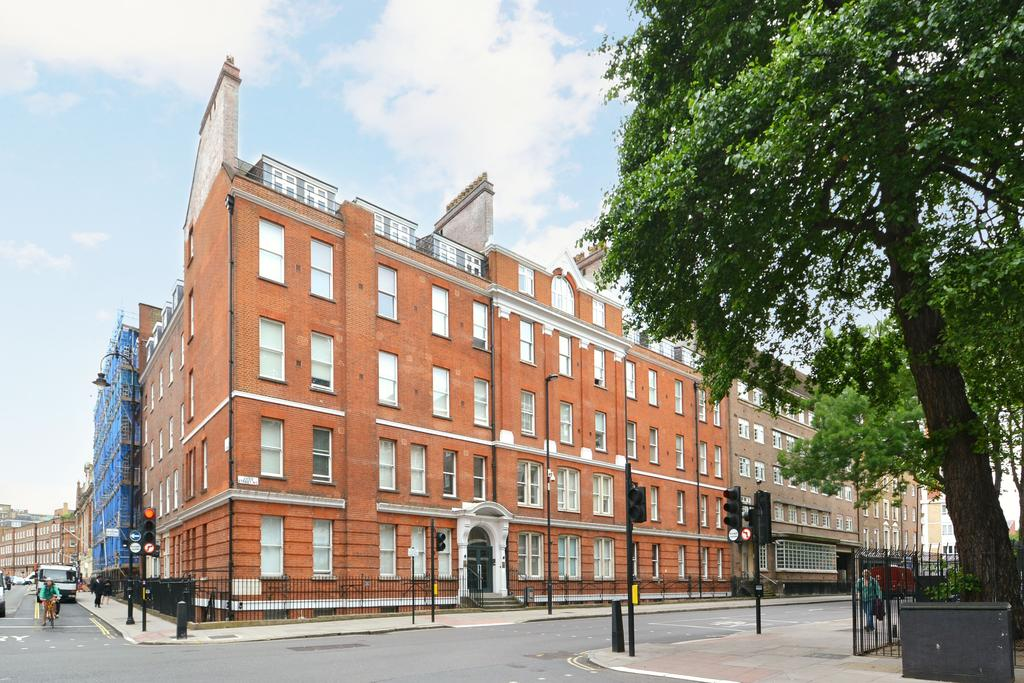 Studio Flat for sale in Albany House, Judd Street, Bloomsbury, London