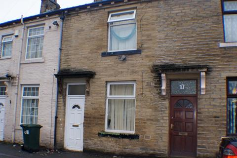 2 bedroom terraced house for sale - two bedroom house for sale in Girlington Area on Thorn  Street BD8