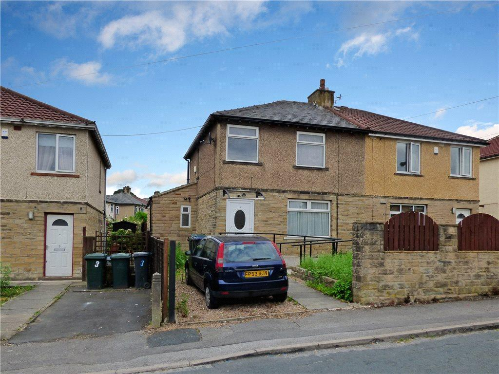 3 Bedrooms Semi Detached House for sale in Broomhill Grove, Keighley, West Yorkshire