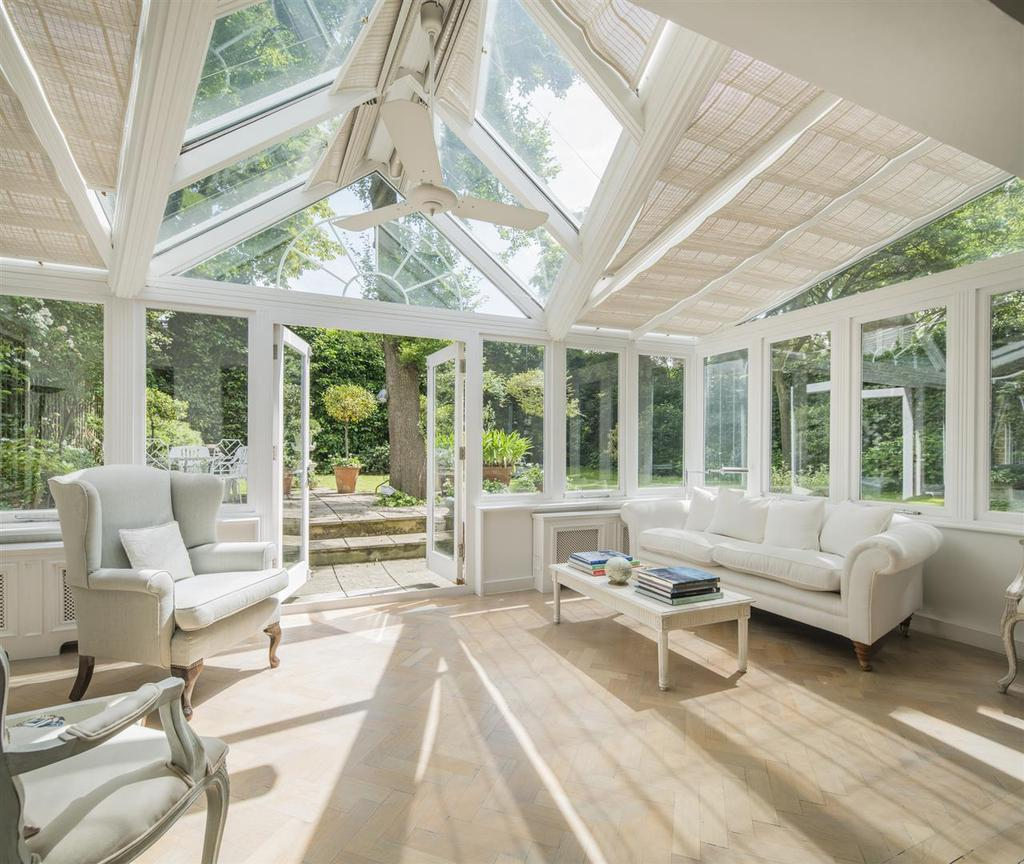 4 Bedrooms Semi Detached House for sale in Greville Place, St Johns Wood