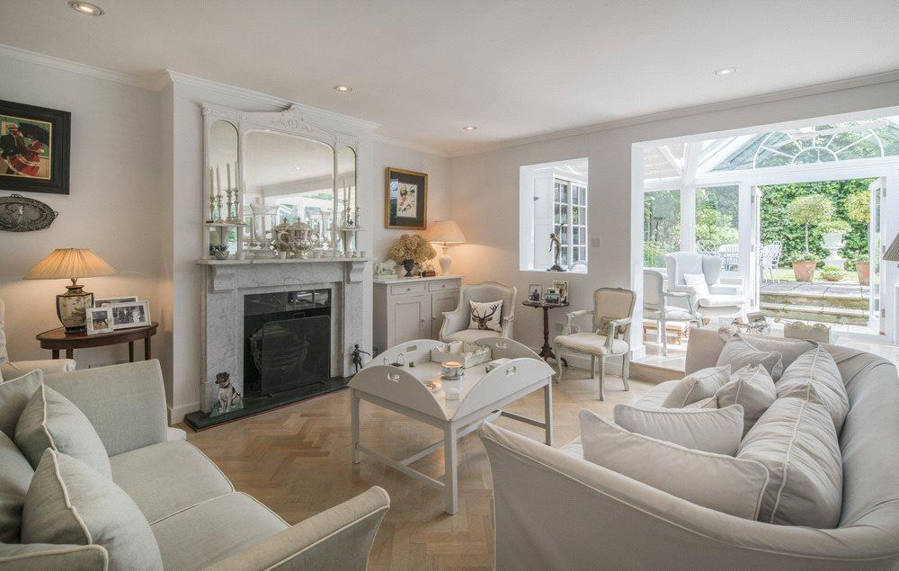 4 Bedrooms Semi Detached House for sale in Greville Place, St Johns Wood, London, NW6