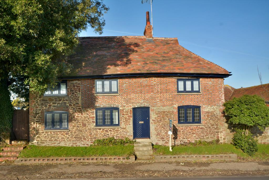 3 Bedrooms Cottage House for sale in Hardham, Pulborough