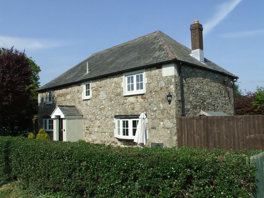 3 Bedrooms Cottage House for sale in Godshill, Isle of Wight