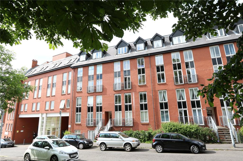 2 Bedrooms Apartment Flat for sale in 6/2, Randolph Gate, Broomhill, Glasgow