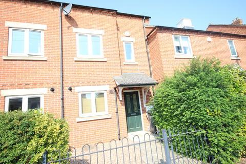 3 bedroom terraced house to rent - Penn Street, Oakham
