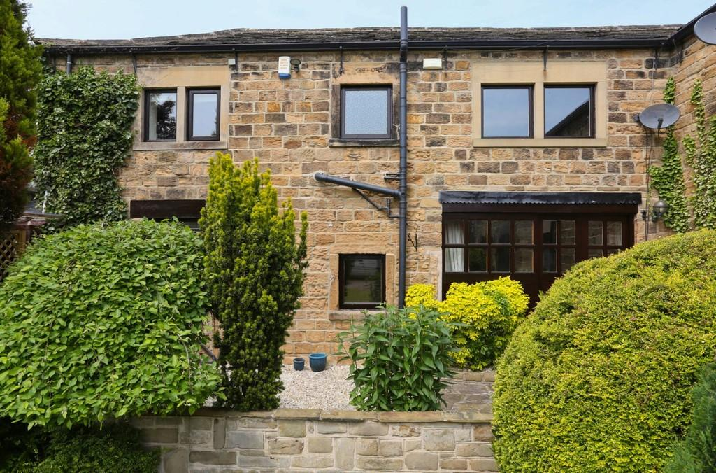 2 Bedrooms Barn Conversion Character Property for sale in Castle Road, Sandal