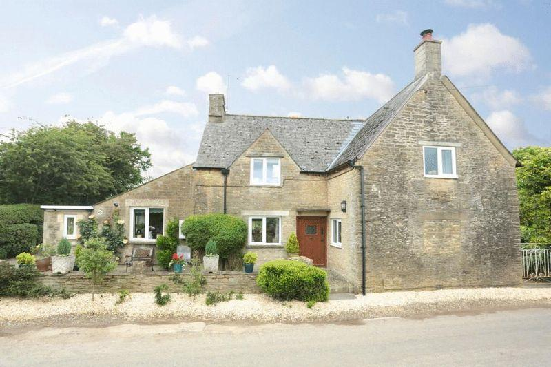 3 Bedrooms Detached House for sale in Notton, Lacock