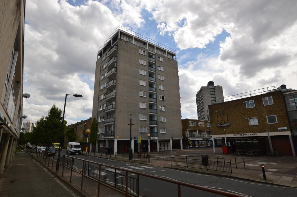 1 Bedroom Flat for sale in Cooks Road London SE17