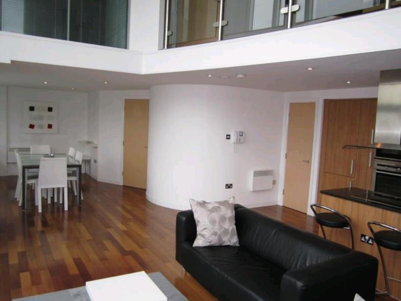 2 Bedrooms Flat for sale in K2, 125 ALBION STREET, LEEDS, LS2 8ES