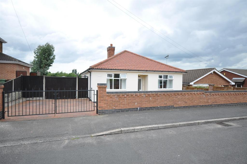 3 Bedrooms Detached Bungalow for sale in Budby Avenue, Mansfield