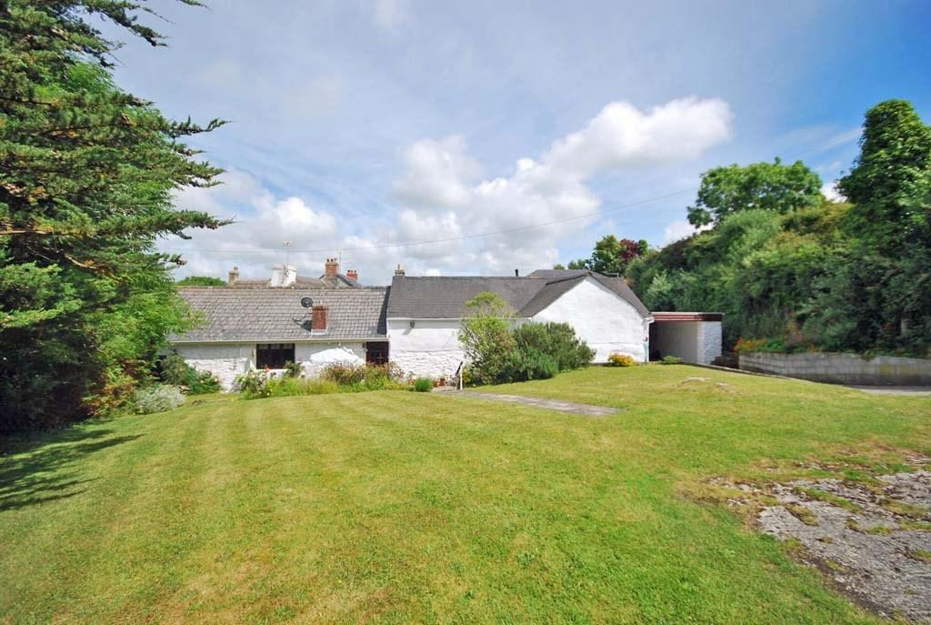 3 Bedrooms Detached House for sale in Beach Road, Crantock, Nr. Newquay, Cornwall, TR8
