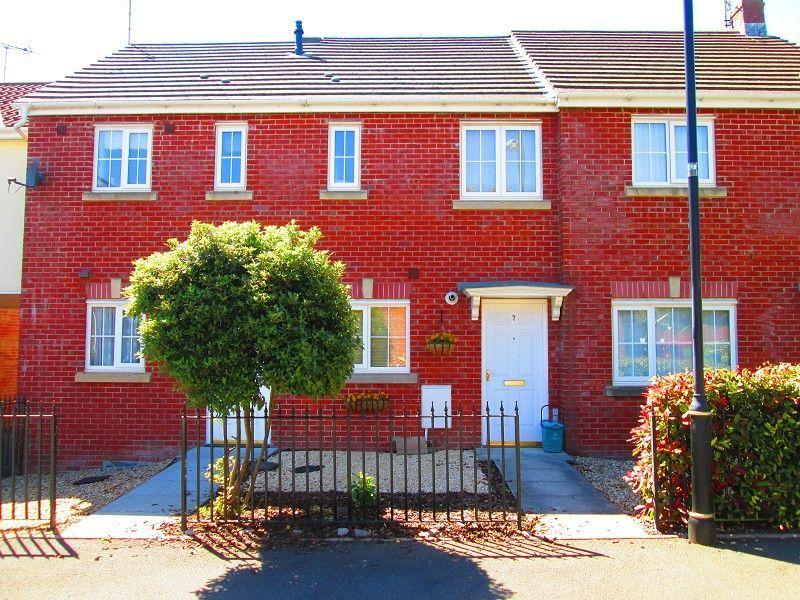 2 Bedrooms Terraced House for sale in Y Llanerch Pontlliw, Swansea, City County of Swansea.