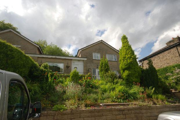 4 Bedrooms Link Detached House for sale in Corbar Road, Buxton