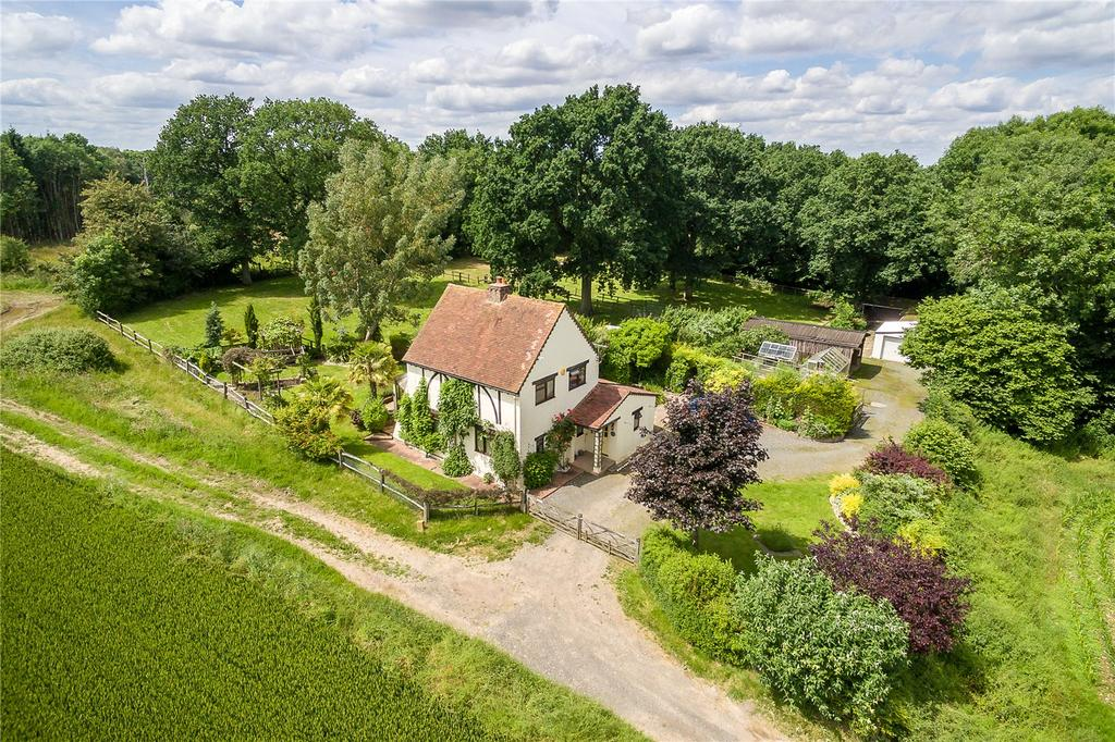 2 Bedrooms Detached House for sale in Wanborough, Guildford, Surrey