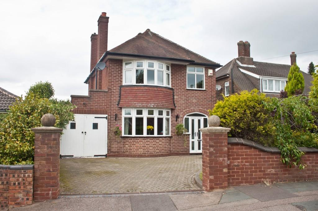 3 Bedrooms Detached House for sale in Springhill Road, Burntwood