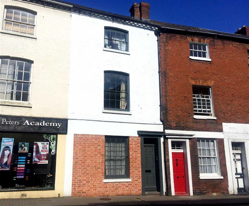 2 Bedrooms Flat for sale in Bridge Street, CITY CENTRE, Hereford