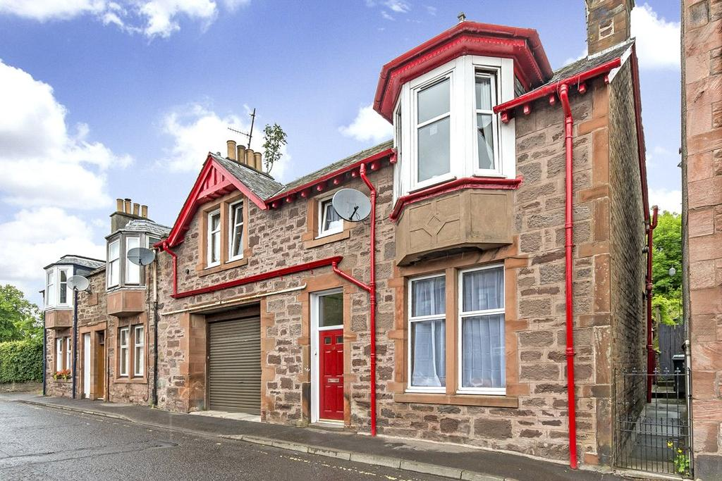 3 Bedrooms Terraced House for sale in 18 Millar Street, Crieff, Perthshire, PH7