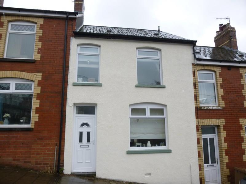3 Bedrooms Terraced House for sale in Alma Street, Machen, Caerphilly