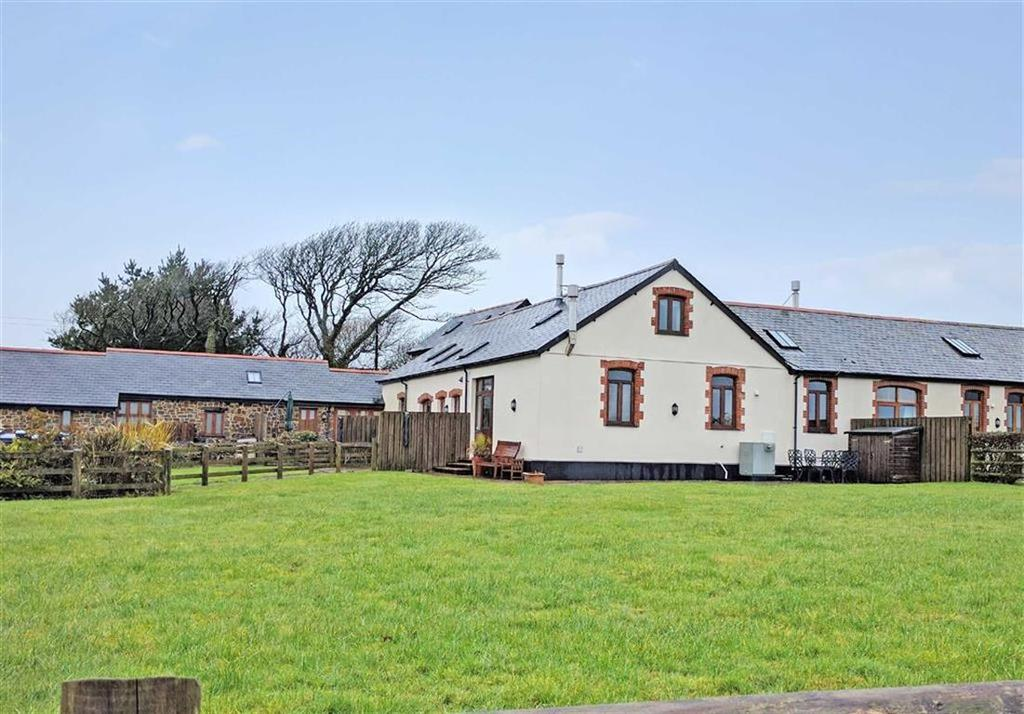 3 Bedrooms Semi Detached House for sale in Exmansworthy Barns, Hartland, Bideford, Devon, EX39