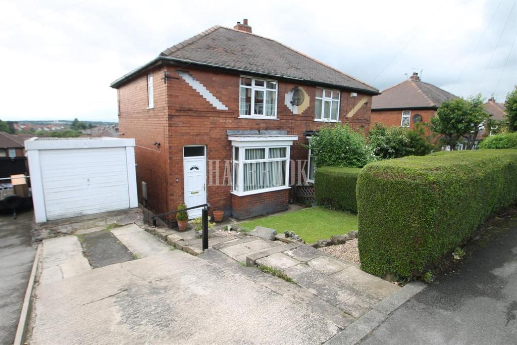 3 Bedrooms Semi Detached House for sale in Toll Bar Road, Brecks
