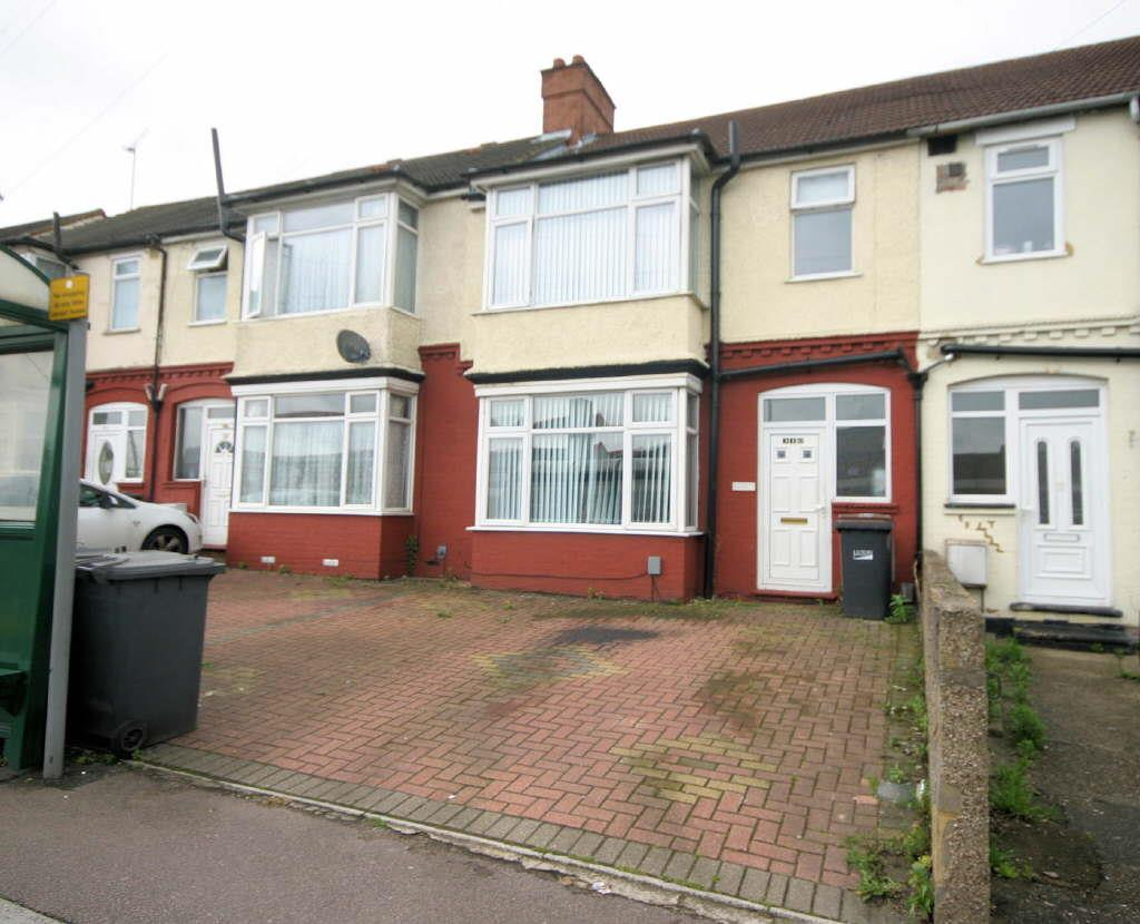 3 Bedrooms Terraced House for sale in Leagrave Road, Luton