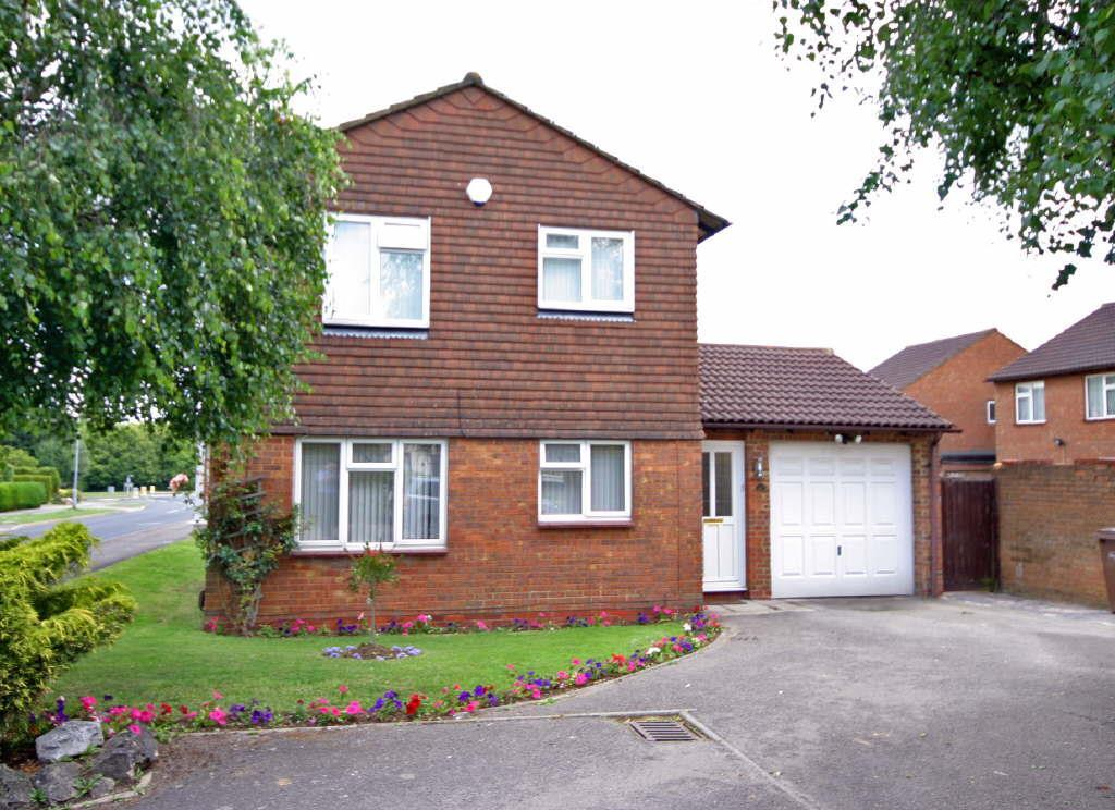 3 Bedrooms Detached House for sale in Barton Hills