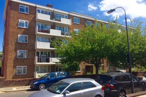 3 bedroom apartment to rent - ETHEL RANKIN COURT, LANDBRDIGE ROAD, FULHAM SW6